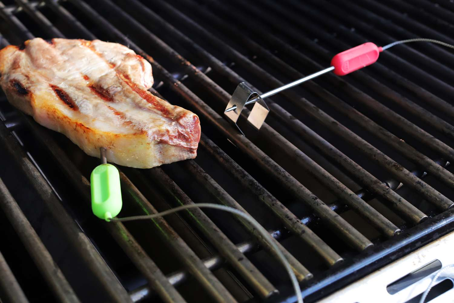 soraken-wireless-meat-thermometer-cooking