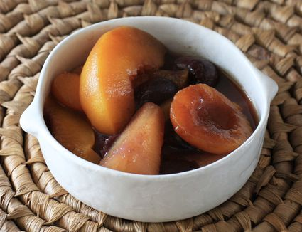 Warm Slow Cooker Fruit Compote