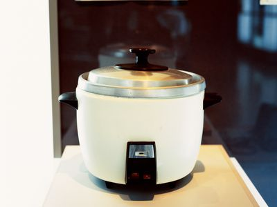 rice cooker cup capacity and cooking tips