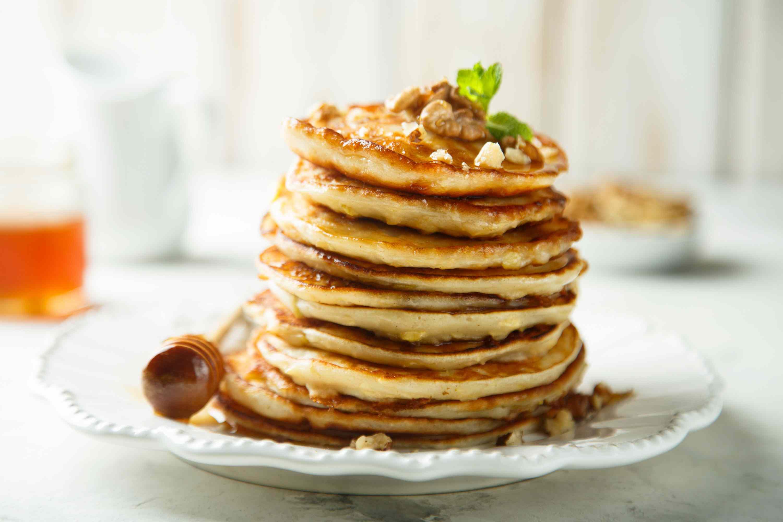 Applesauce Oatmeal Pancakes