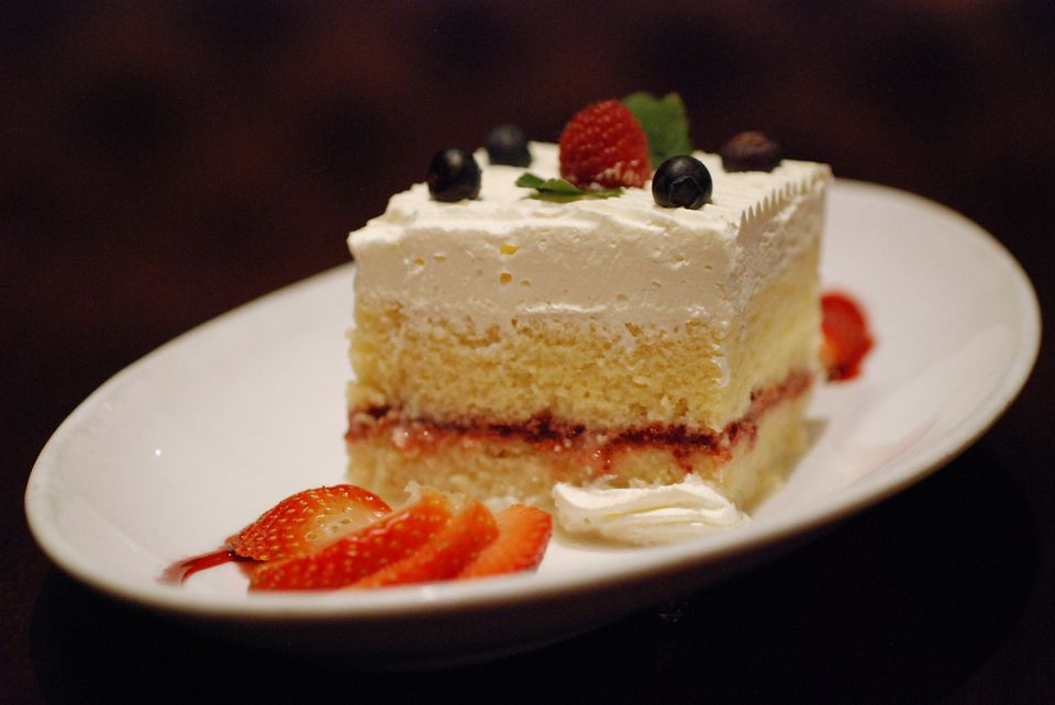 Five easy south american dessert recipes tres leches cake forumfinder Image collections