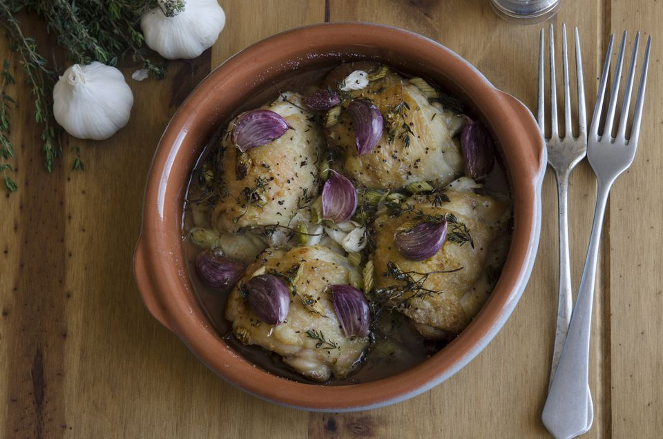 Garlicky chicken in a bowl