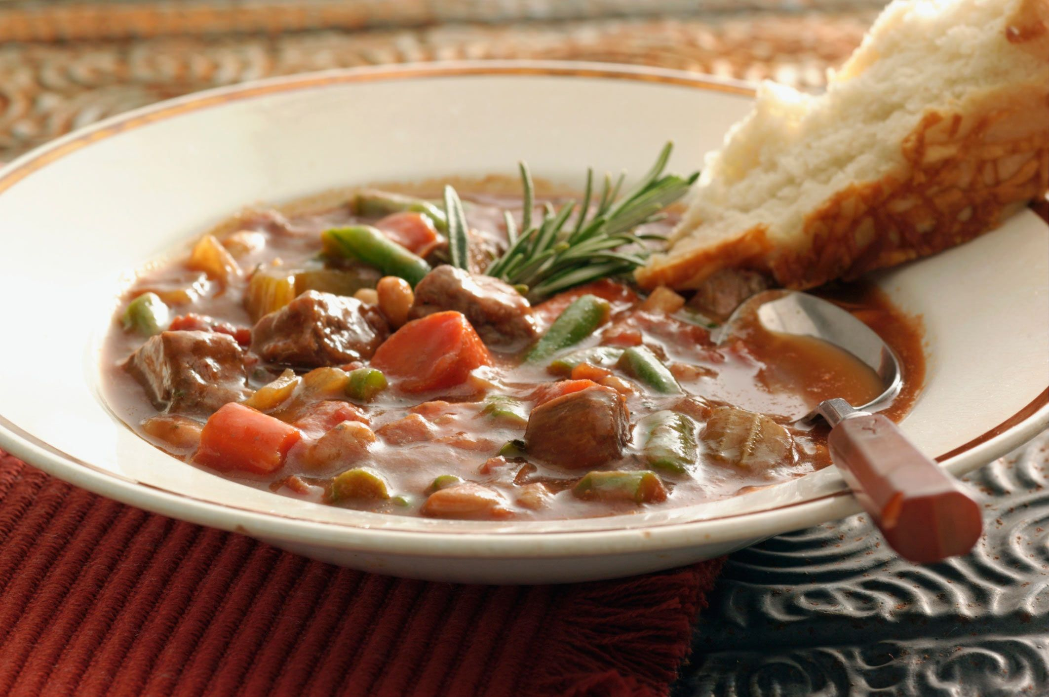 Family-Style Crock Pot Beef Stew