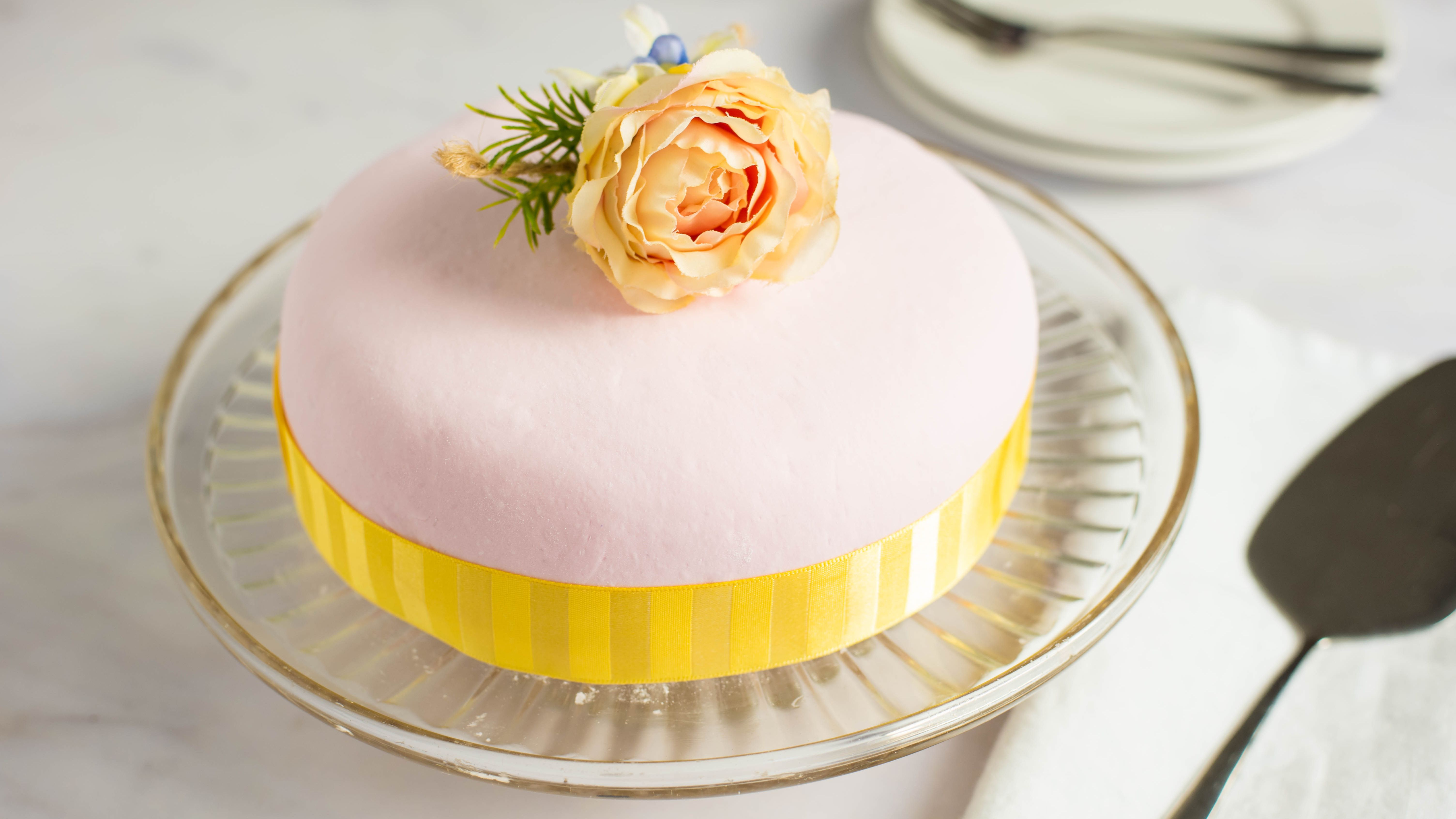 simple cake decorating ideas with fondant.htm marshmallow fondant recipe  marshmallow fondant recipe