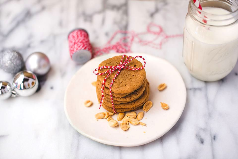 peanut butter cookies with Christmas deorations