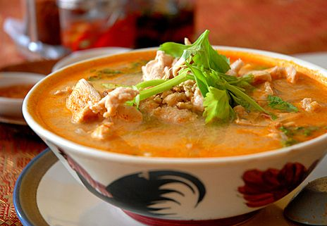 Wonderful Homemade Chicken Soup Thai-style - Easy too!