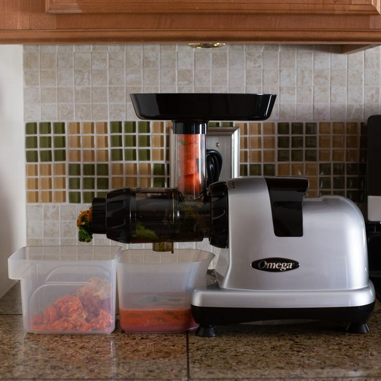 Omega 8006 Nutrition Center Masticating Juicer