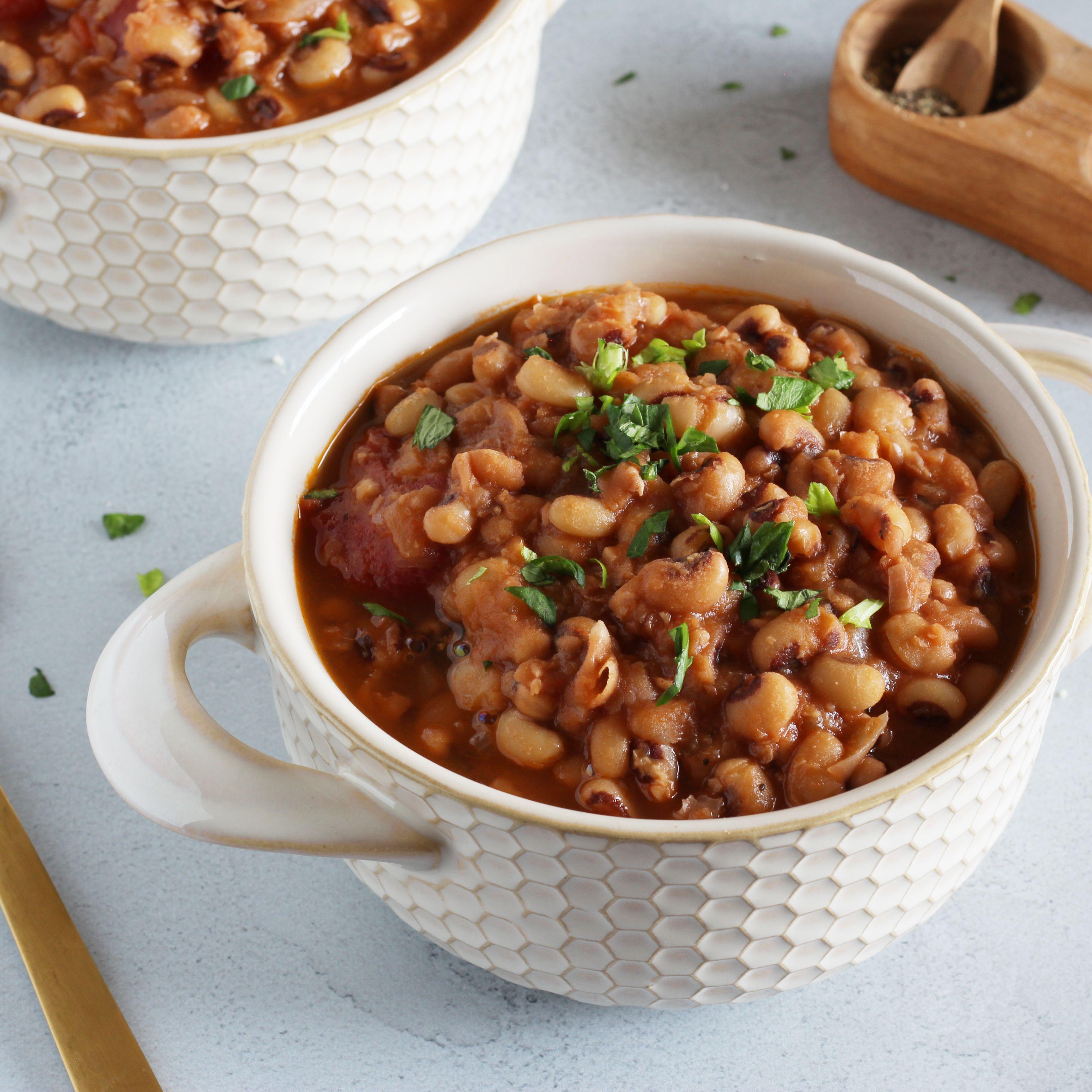 Easy Vegetarian Or Vegan Black Eyed Peas Recipe