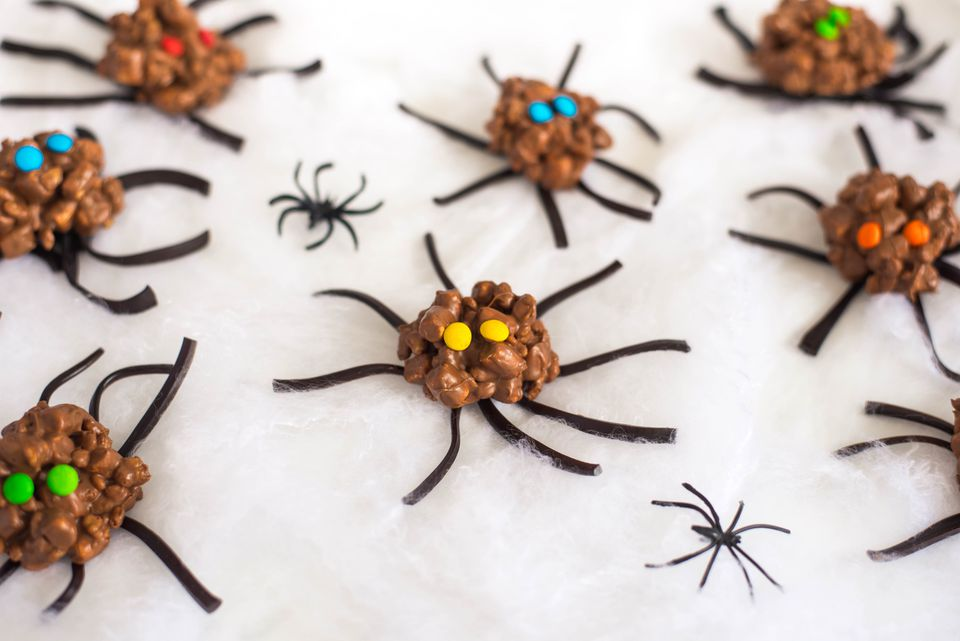 Candy spiders recipe