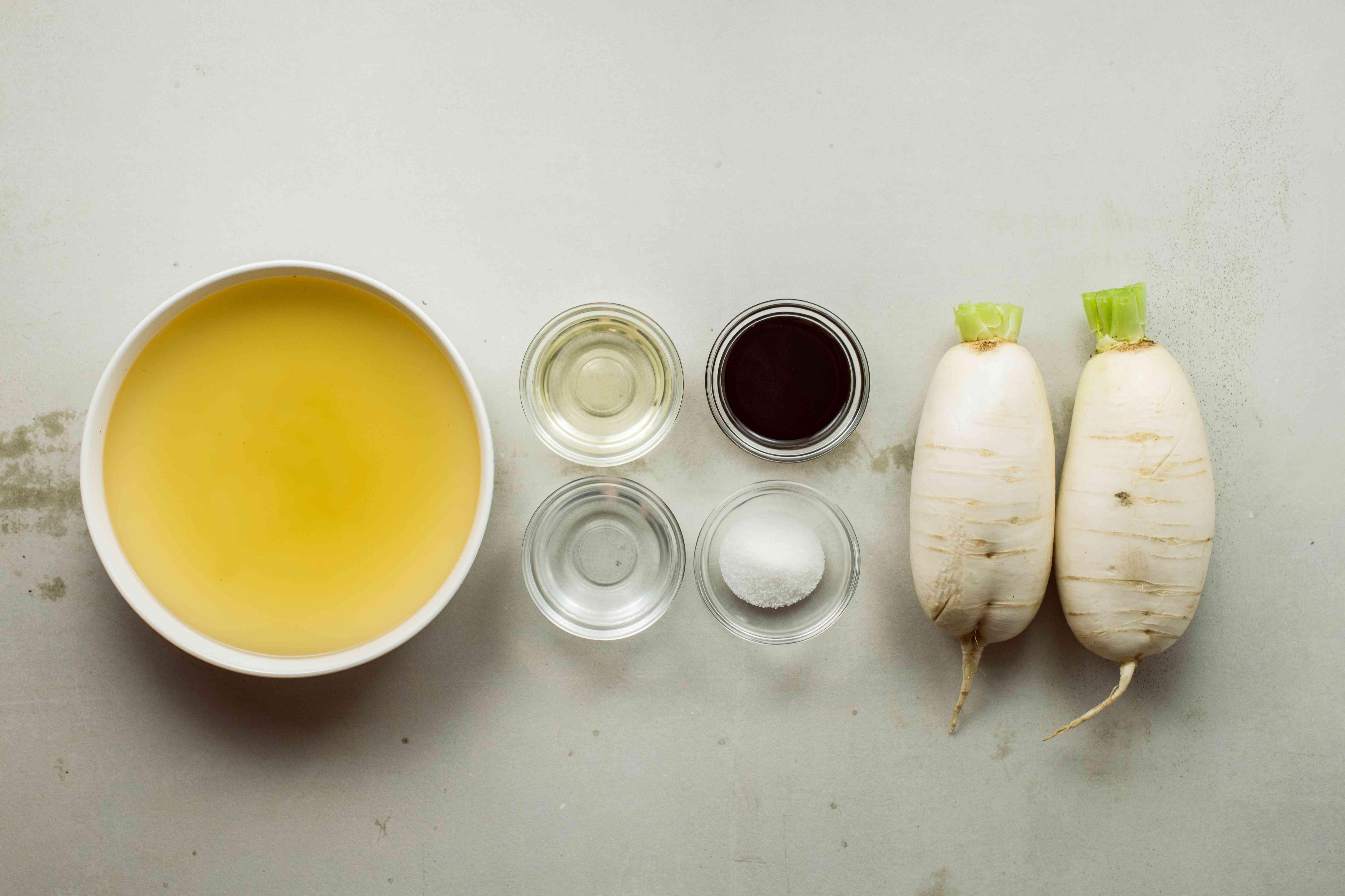 Ingredients for braised daikon
