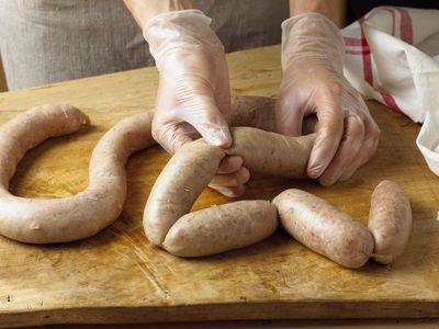 How to Grill Sausage on a Gas Grill