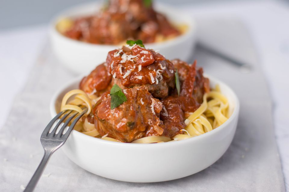 Pork and onion meatballs with tomato sauce