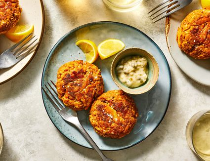 Classic Maryland Crab Cakes