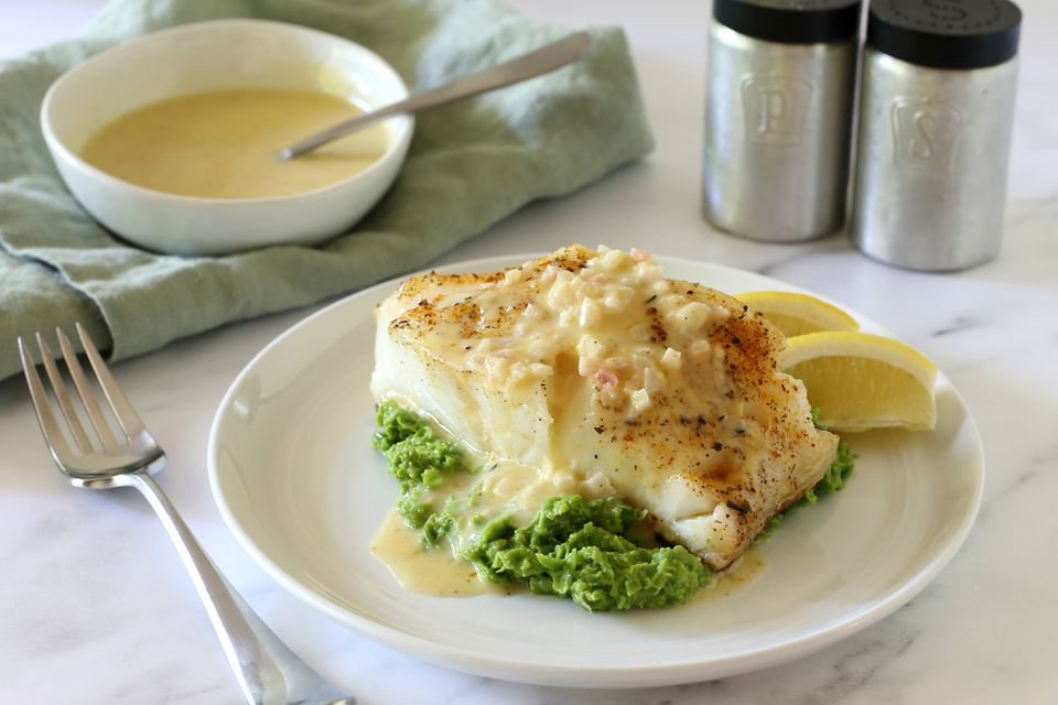 chilean sea bass with lemon buerre blanc
