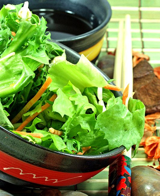 Thai Tossed Green Salad (Easy!)