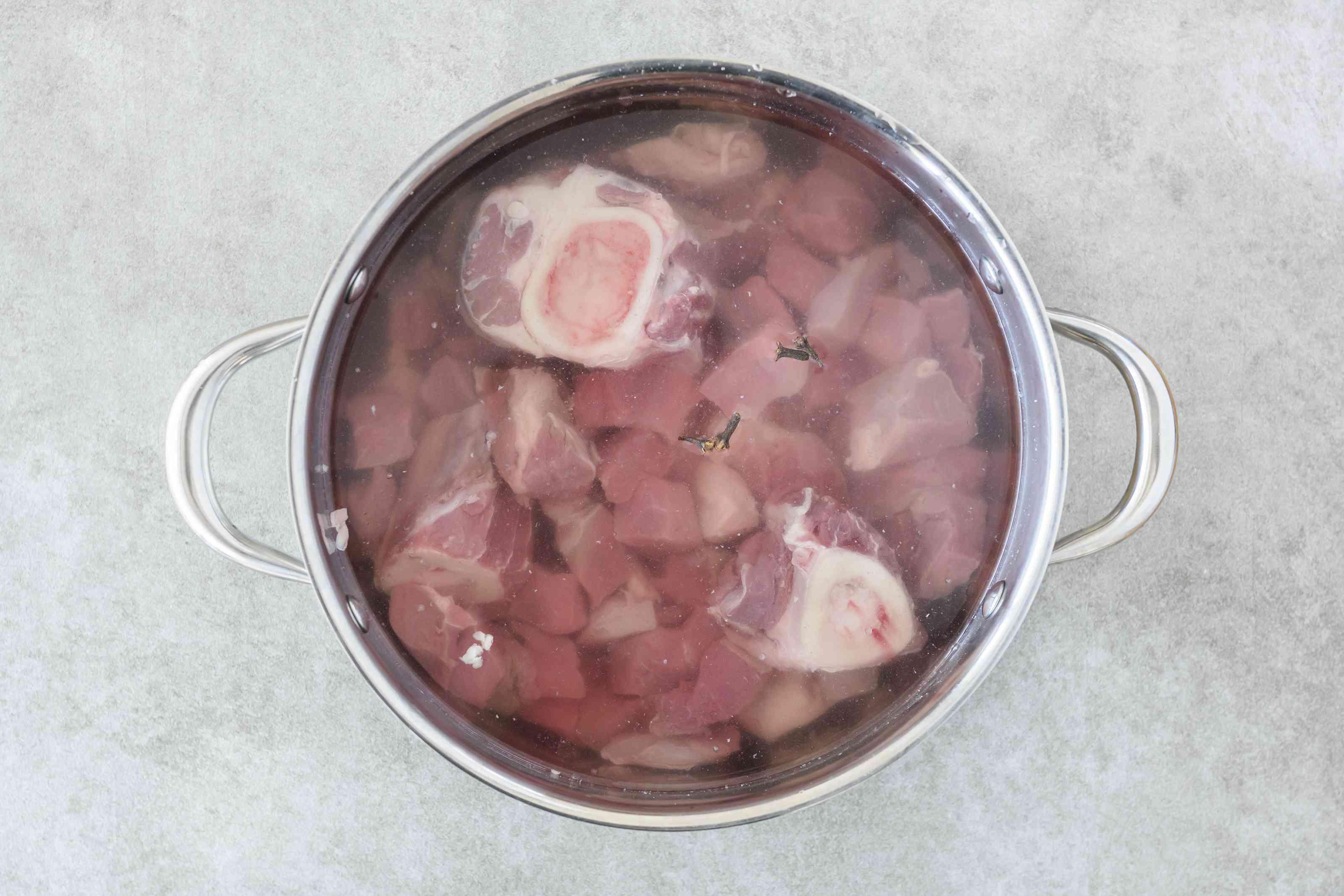 Beef in pot