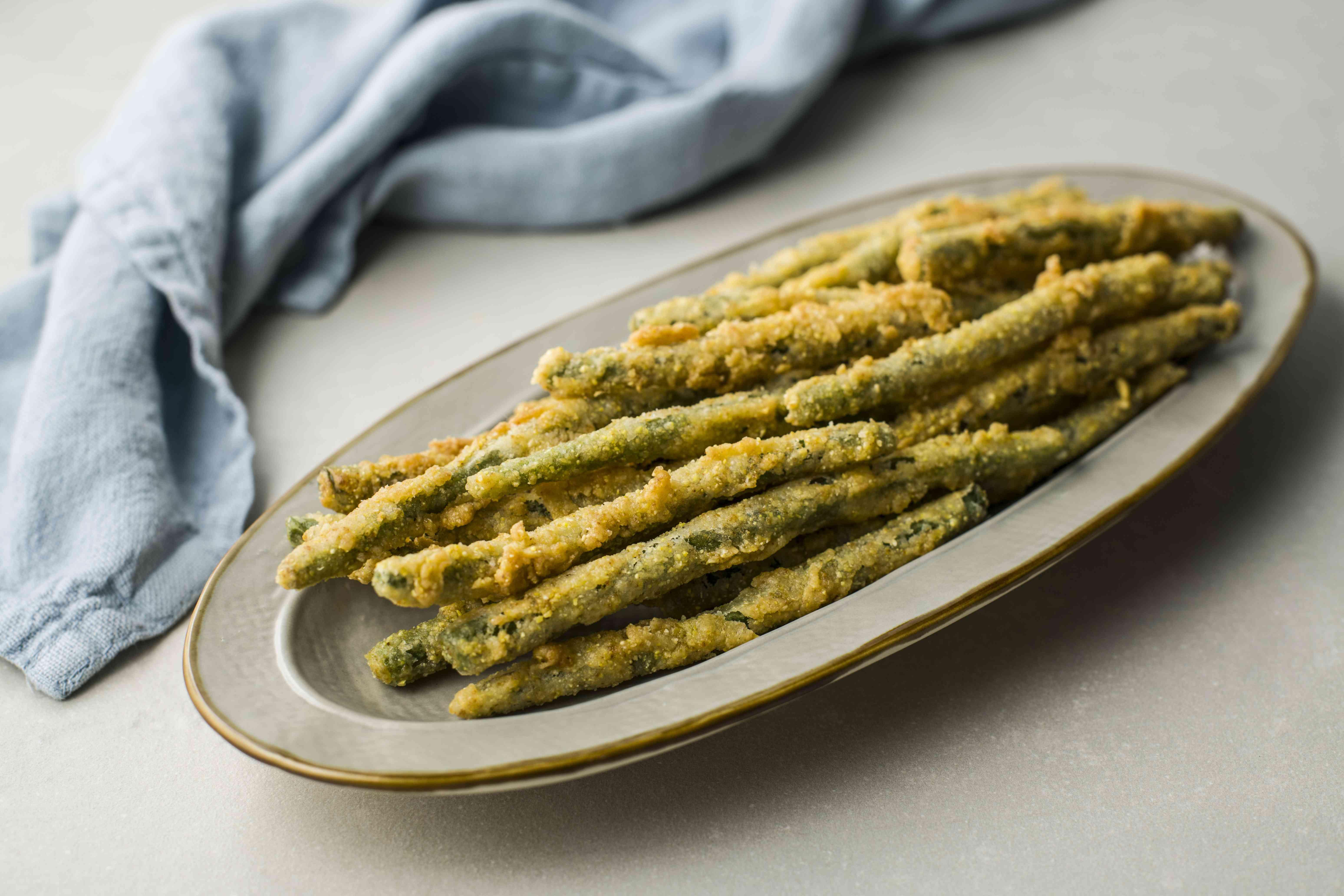 Buttermilk fried green beans