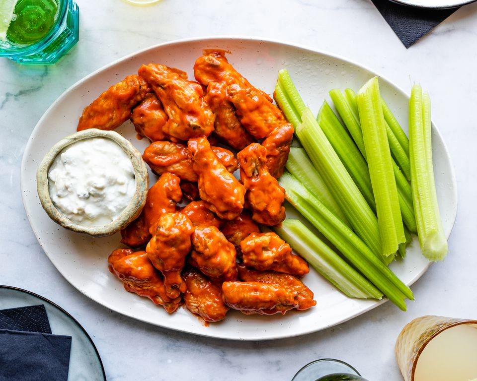Frank's basic buffalo hot wings recipe