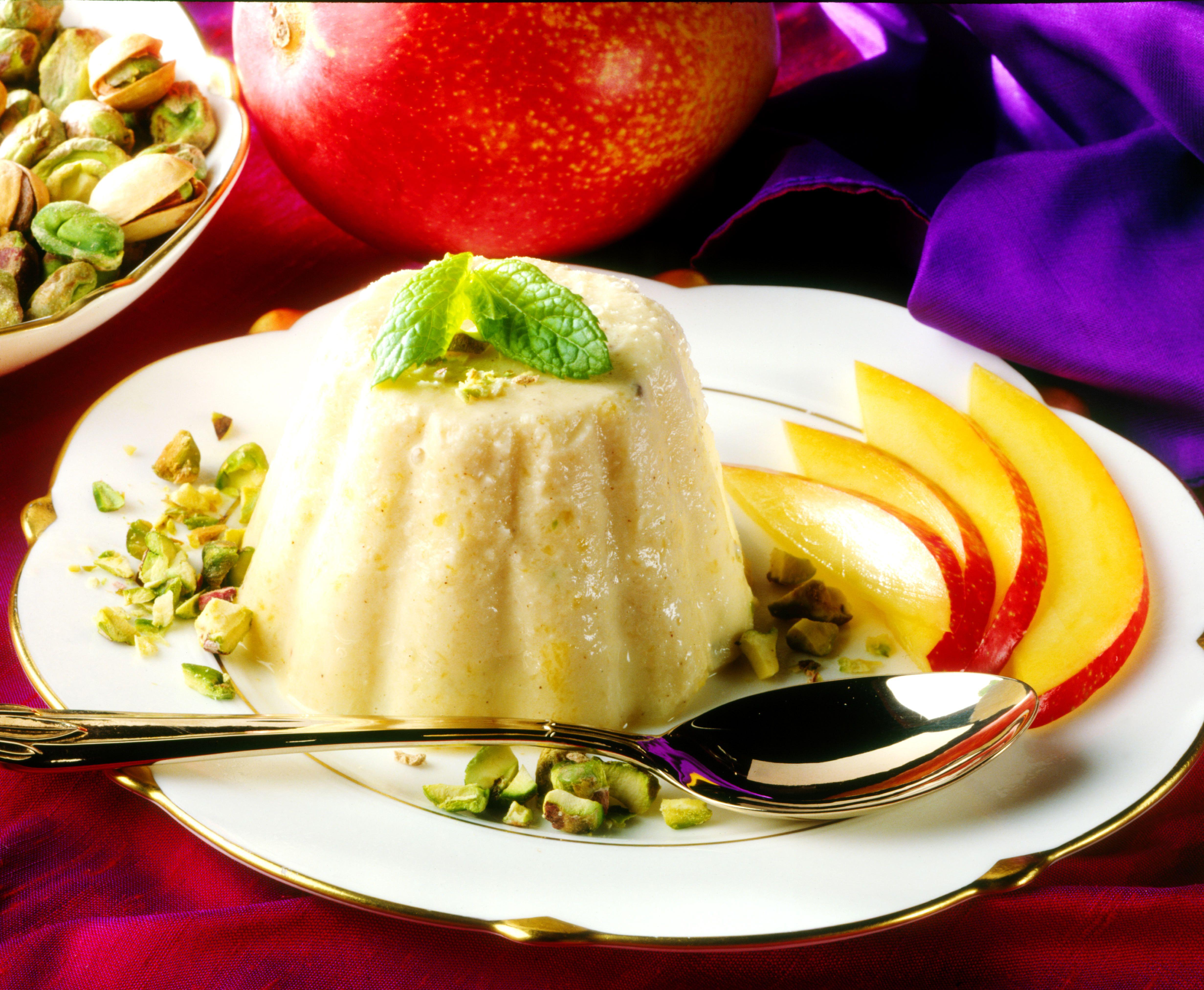 Kulfi - Indian ice cream with pistachios