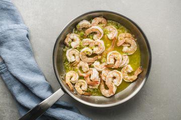 Add shrimp to the garlic