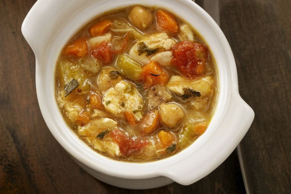 chicken soup with curry powder and apple, mulligatawny