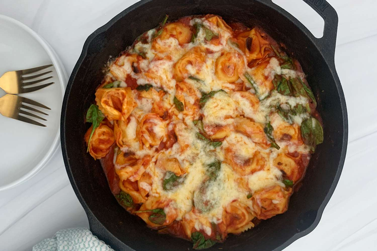 Dinnerly meal in skillet