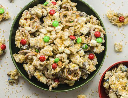 Magical reindeer chow recipe