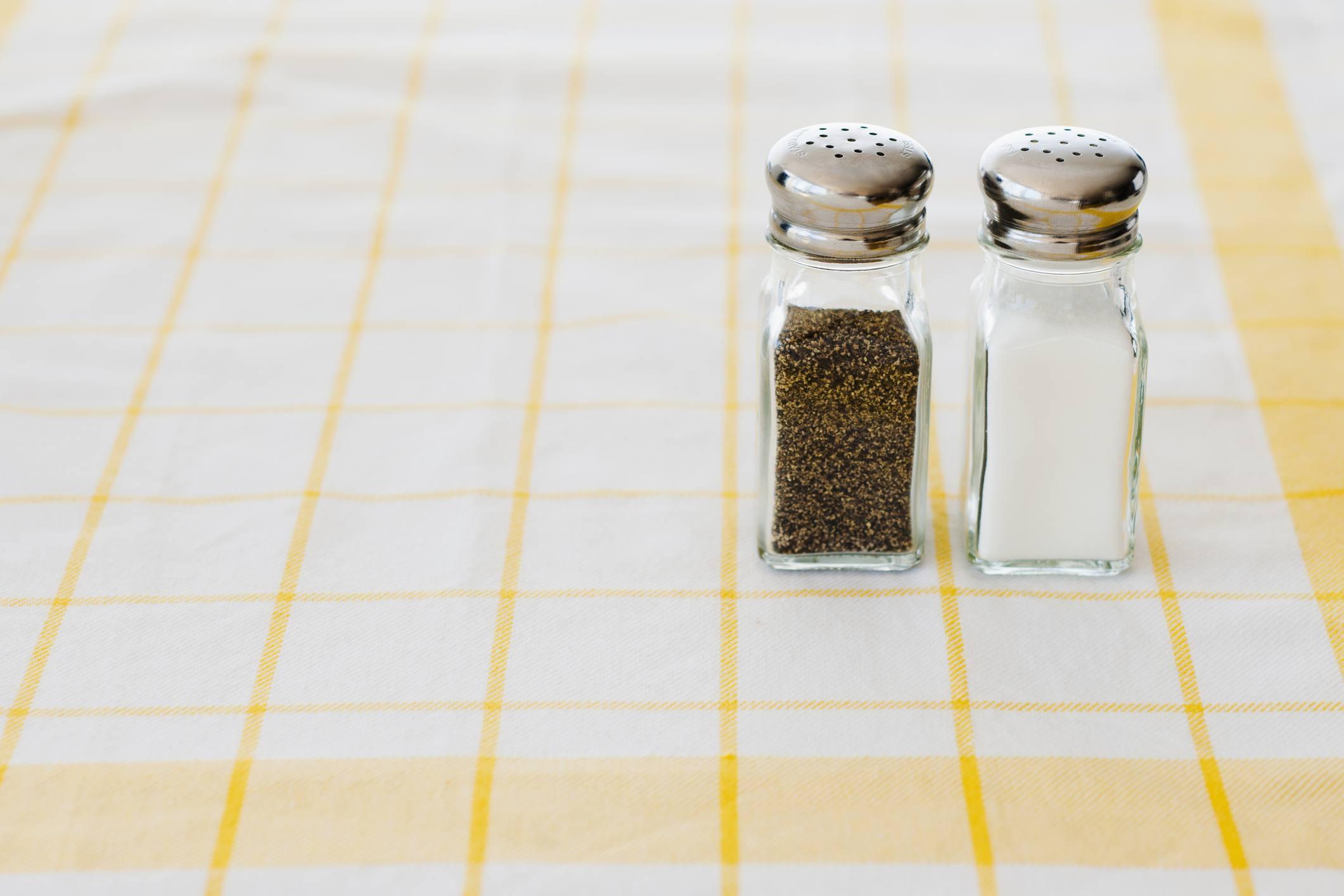 Pre-ground pepper and salt