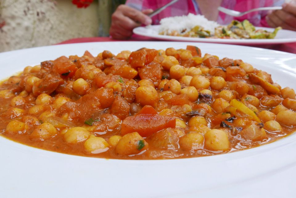 A plate of chickpea curry