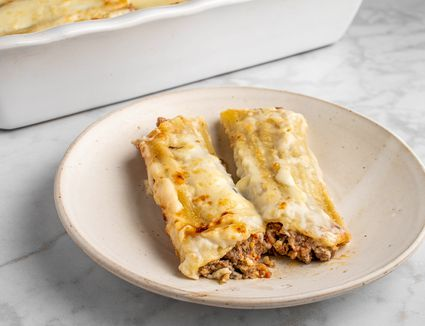 Beef-Filled Cannelloni (Manicotti) in Bechamel Sauce