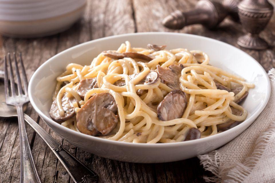 Creamy pasta with mushrooms