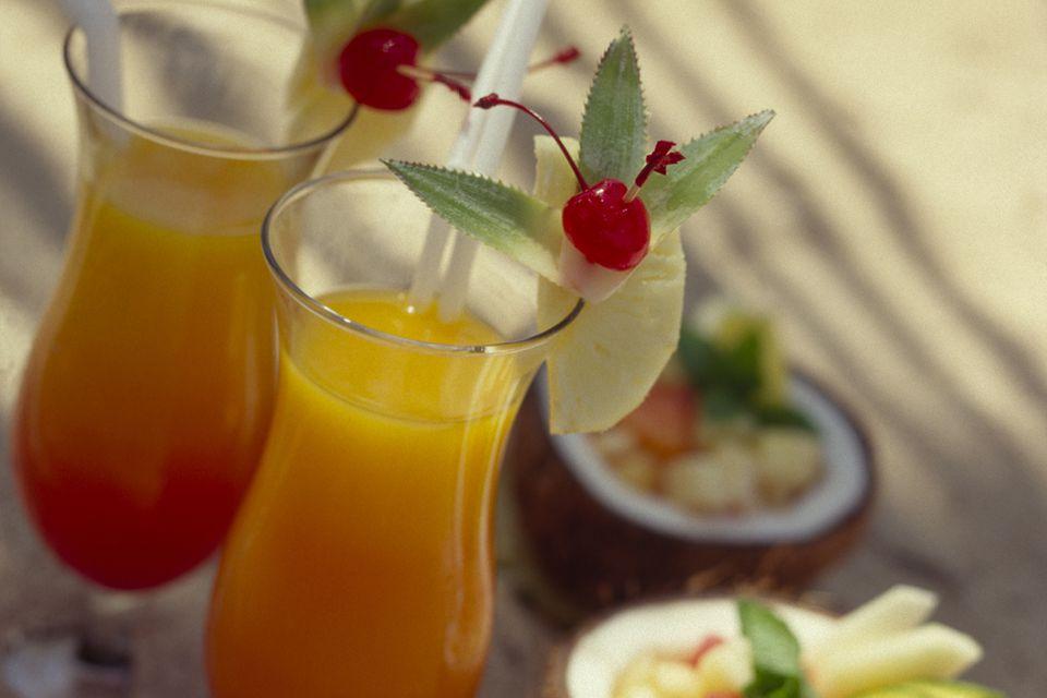 Popular Bahama Mama Rum Tiki Cocktail Recipe
