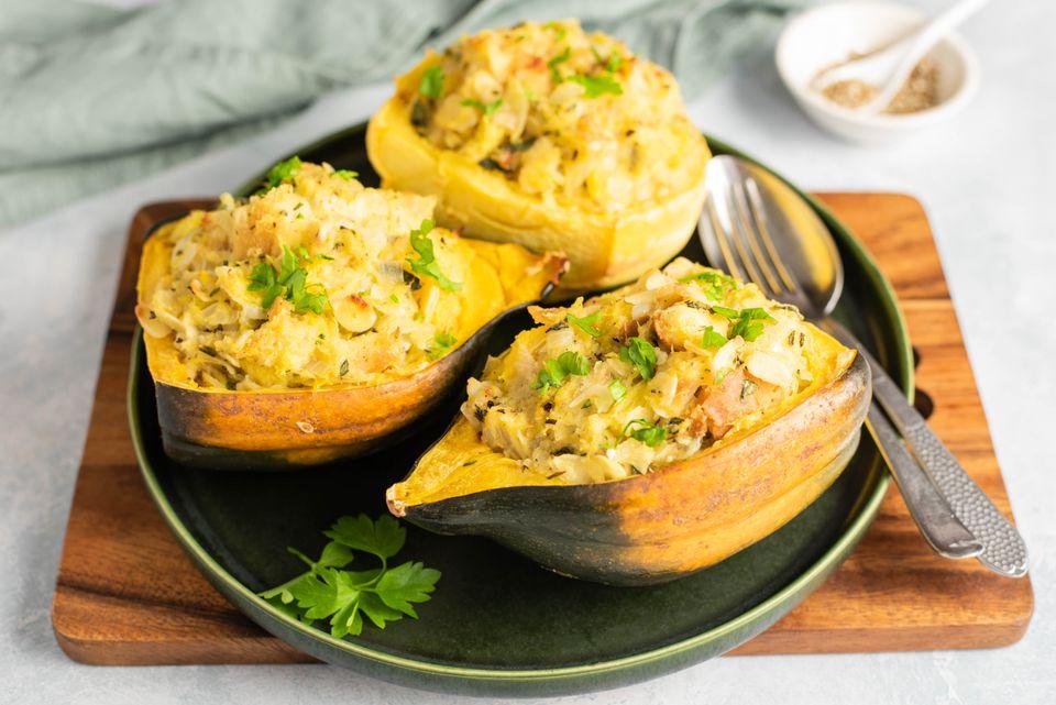 Crunchy acorn squash stuffing with zatar