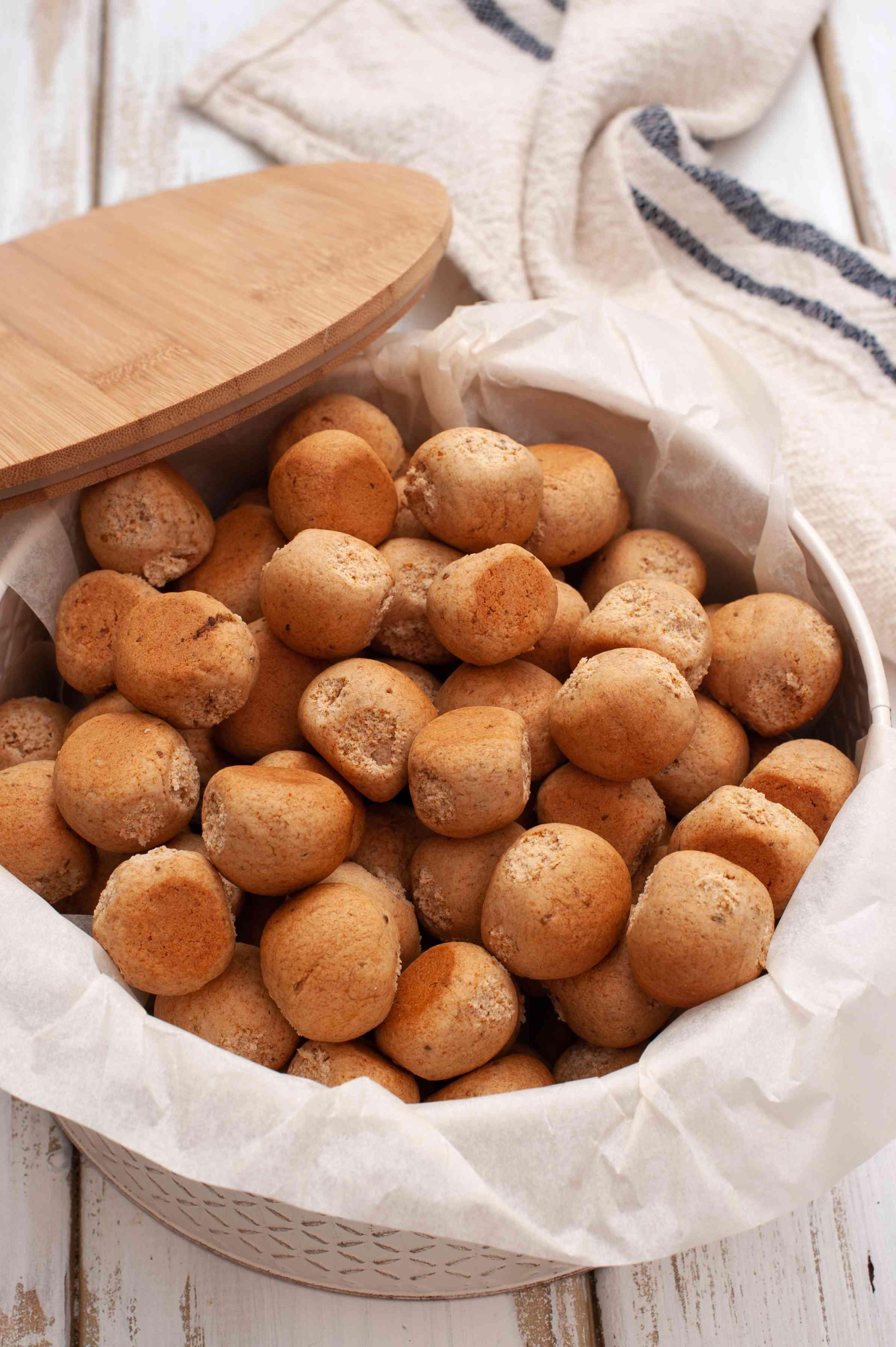 Traditional pepernoten