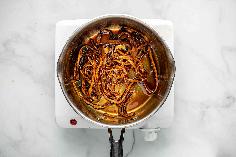 add kanpyo to the mixture in the saucepan