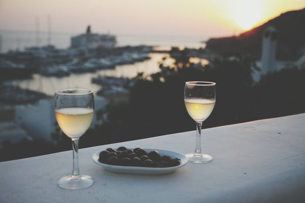 The Mediterranean country of Greece produces bright, crisp white wines.