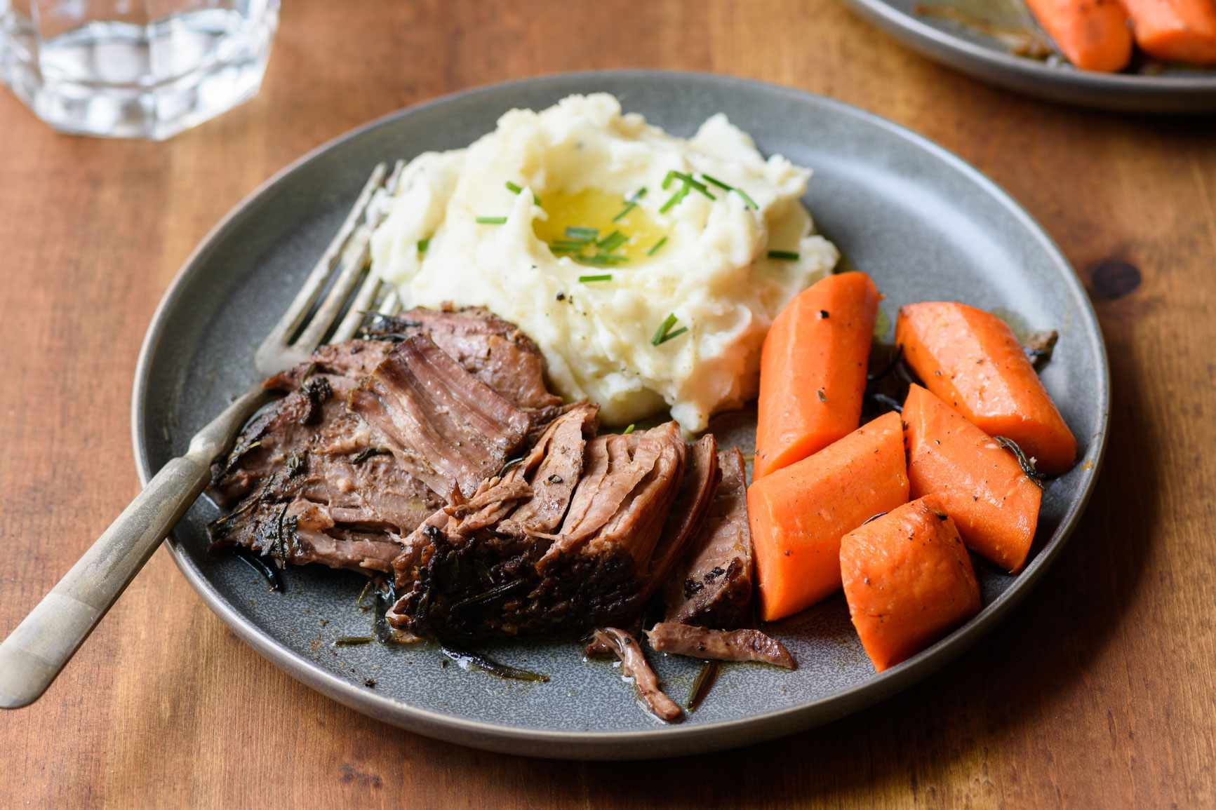 Coffee pot roast with mashed potatoes and carrots