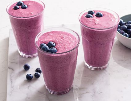 Low-Calorie Blueberry Smoothie