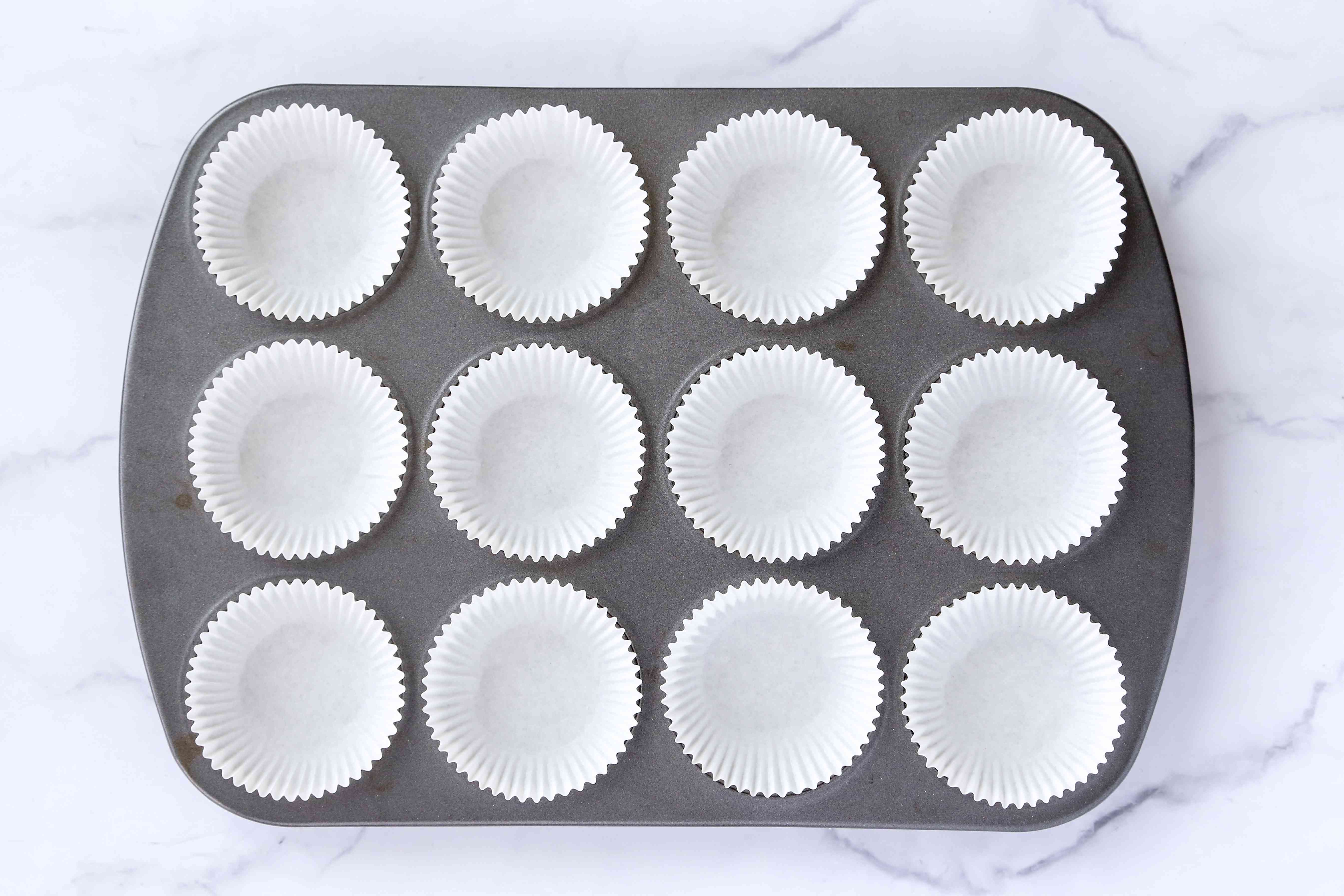 muffin pan with paper liners