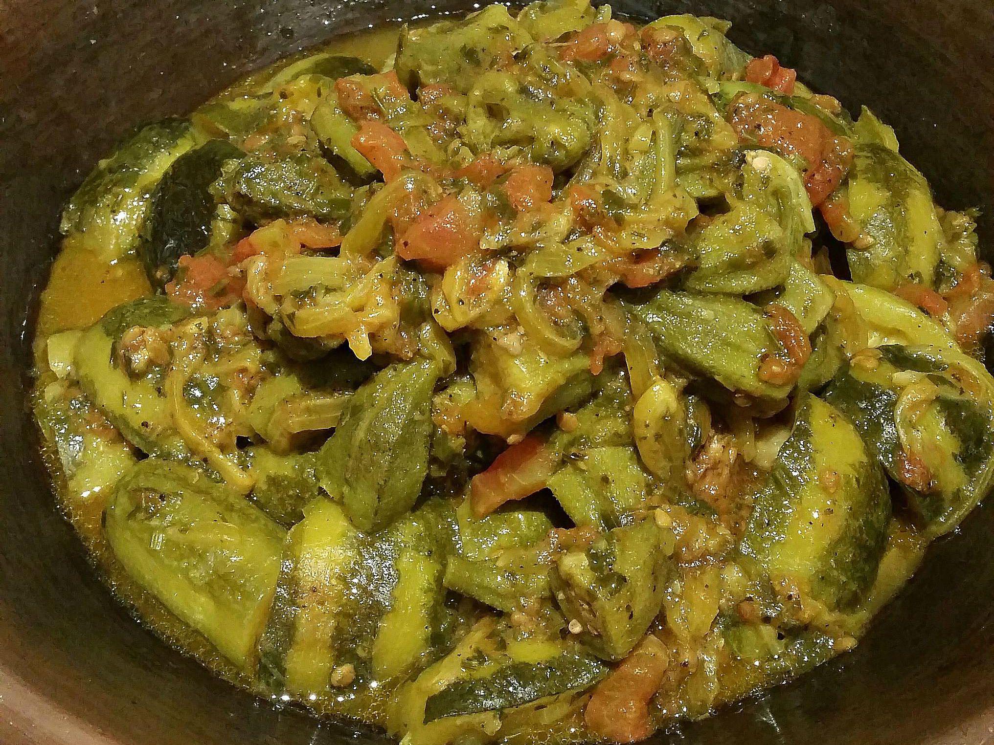 Moroccan Okra, Zucchini and Tomato Tagine Recipe