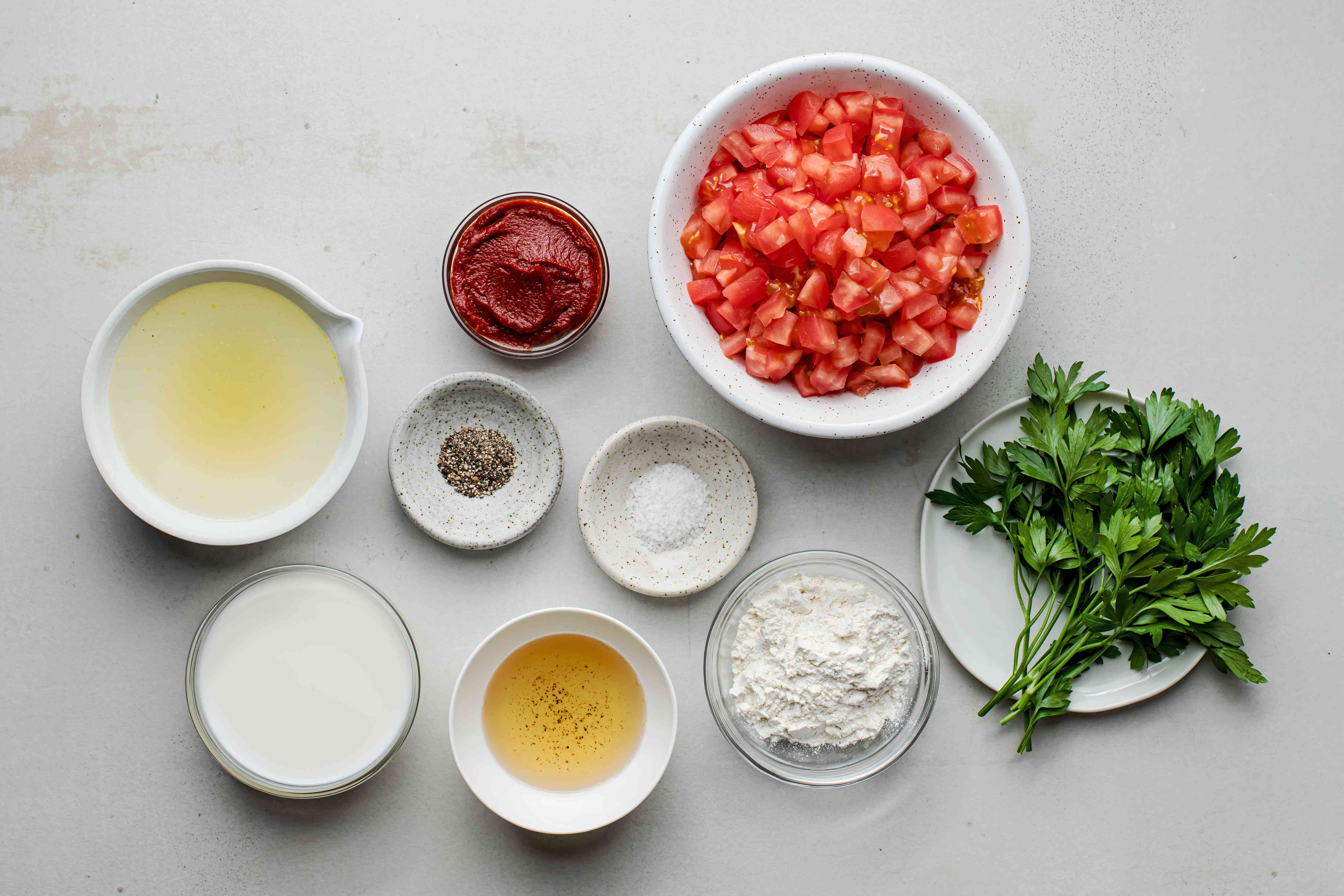 Old-fashioned Southern tomato gravy ingredients