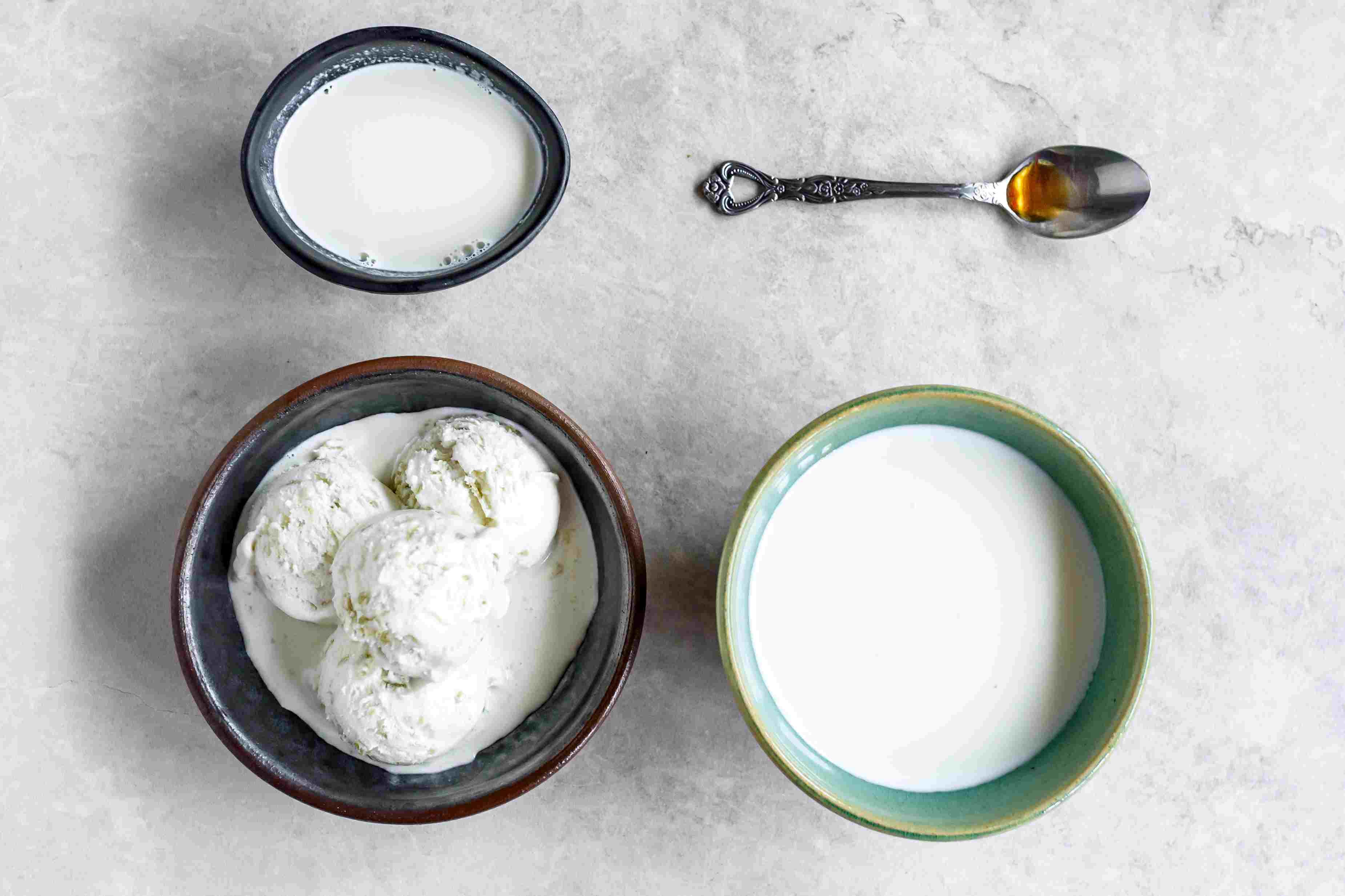 Vanilla Malted Milkshake Recipe ingredients
