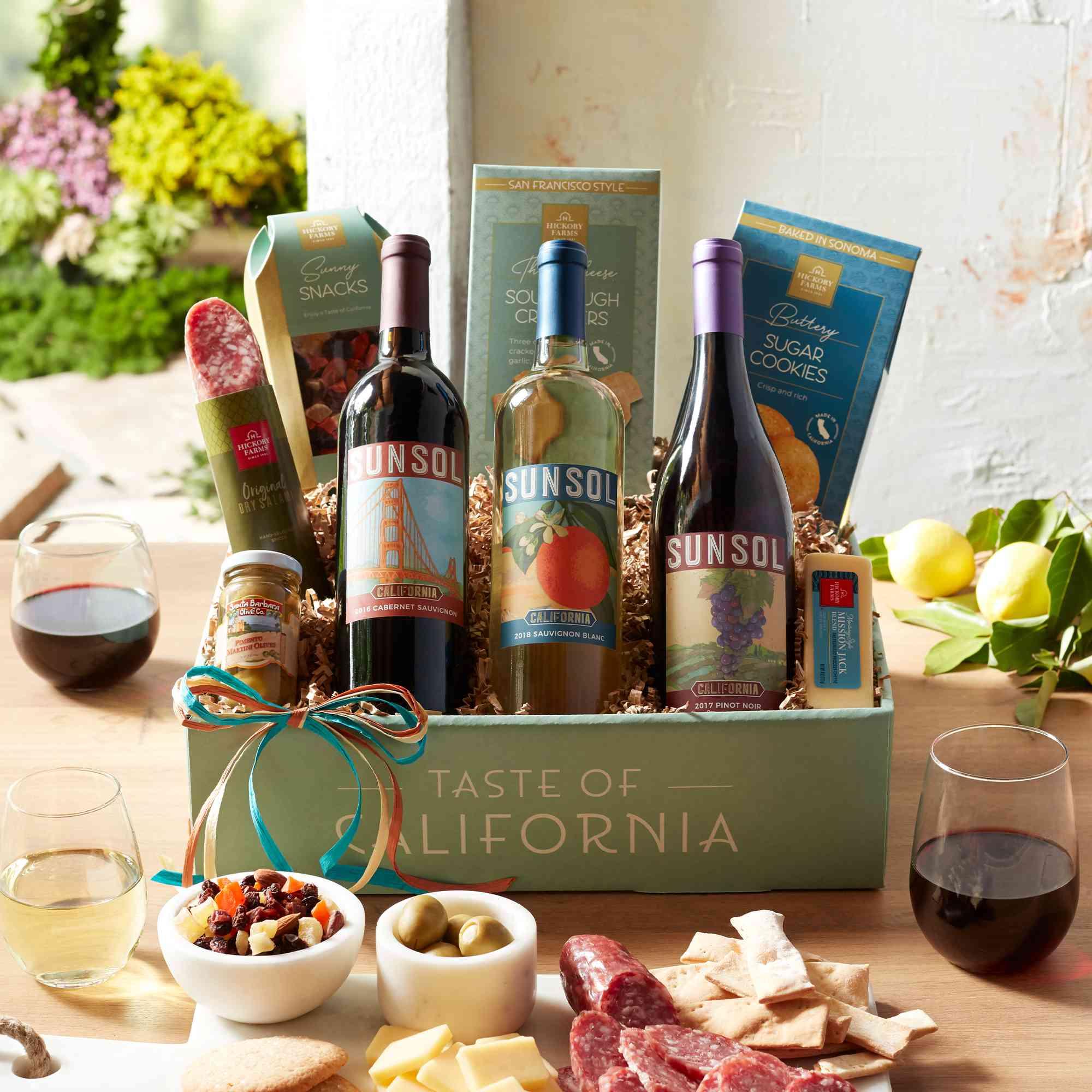 Hickory Farms Tres Amigos California Wine Gift Box