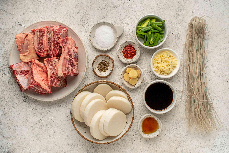 Galbitang: Korean Short Rib Soup ingredients