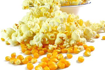 Popcorn and unpopped kernels