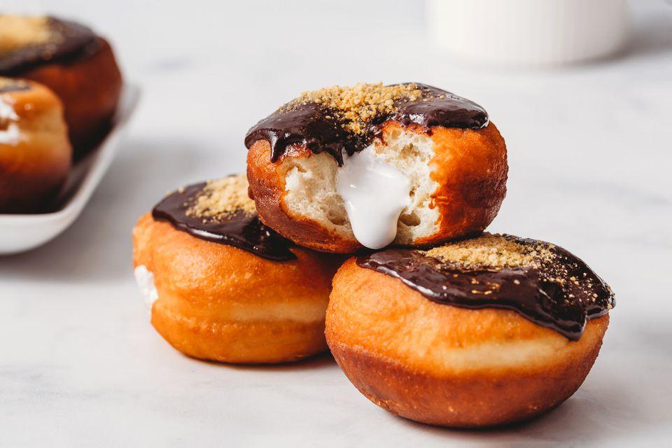 S'Mores Doughnuts