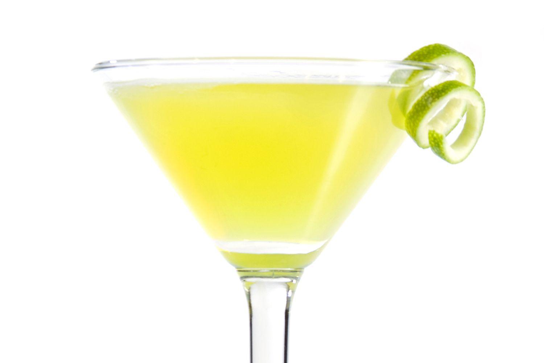 Easy Yellow Submarine Cocktail Recipe