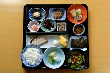 what is the standard japanese diet today