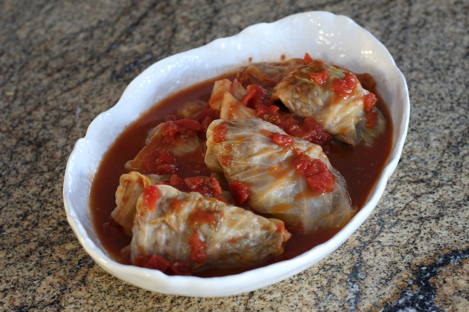 cabbage rolls with bacon