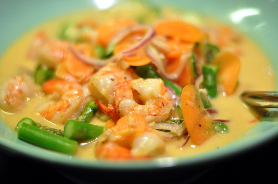 29 traditional thai recipes if youre looking for a delicious and beautiful dish to serve guests try this thai shrimp curry recipe the curry sauce recipe is easy to make just stir forumfinder Images